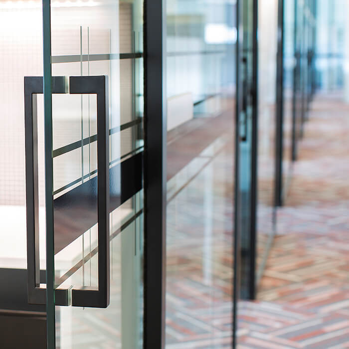 What's the Latest with Glass Office Partitions? / Formula Interiors