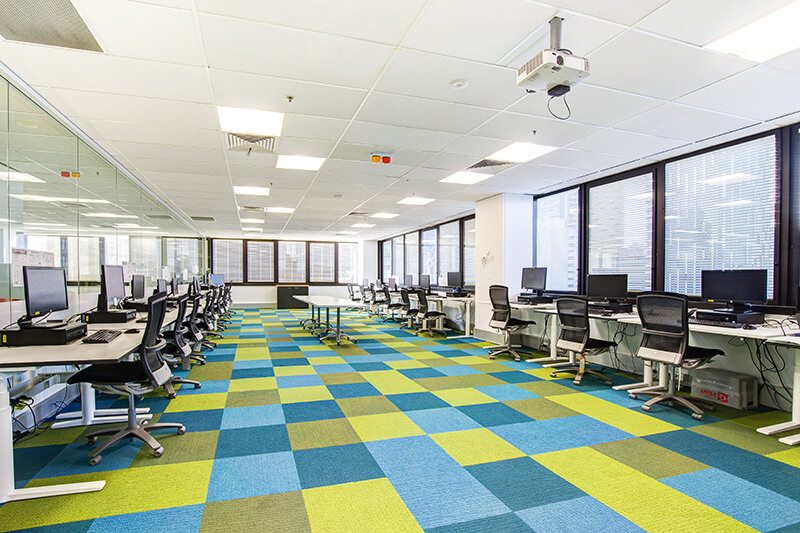 Tips for Creating a Tech Savvy, Modern Office Fitout / Formula Interiors