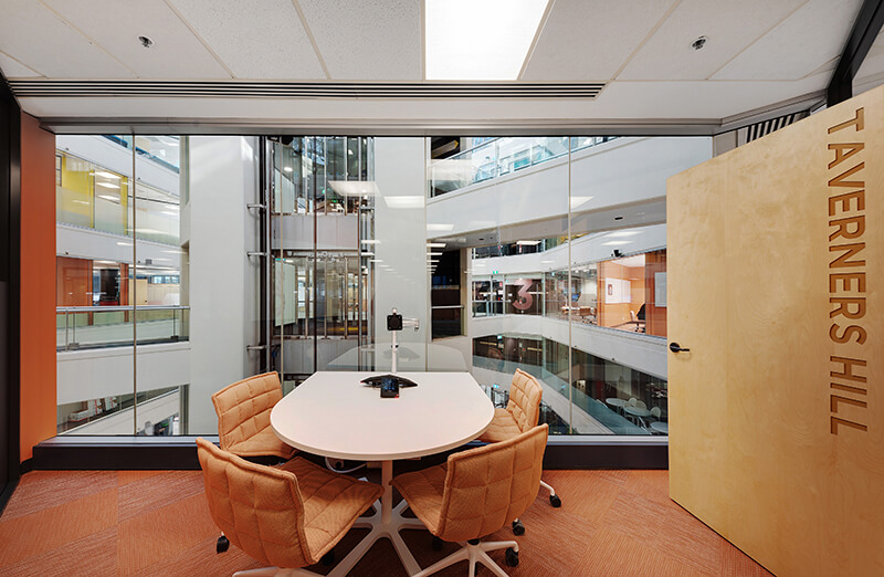 7 Collaborative Workspace Ideas to Boost Productivity / Formula Interiors