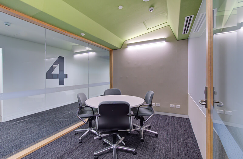 A University Custom Fitout to Boost Learning and Engagement / Formula Interiors