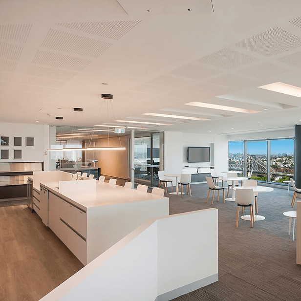 What to Consider When Creating a High-End Office Fitout / Formula Interiors