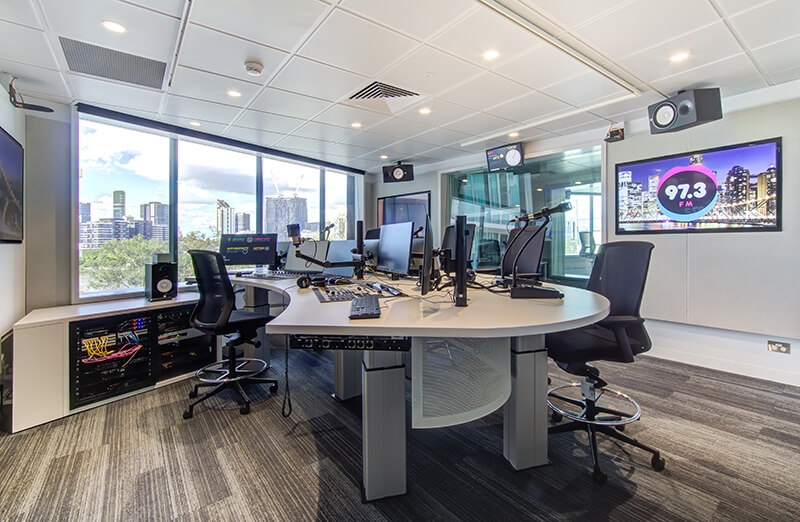 Commercial Fitouts that Focus on Acoustics and Technology / Formula Interiors